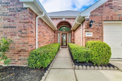 Single Family Home For Sale: 6914 Emerald Pool Lane
