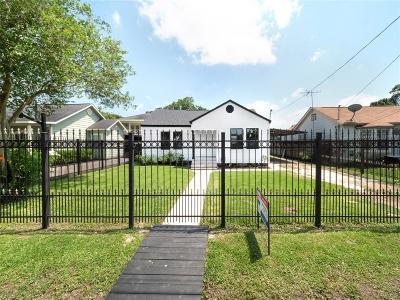 Single Family Home For Sale: 72 Fichter Street
