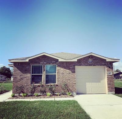Van Vleck Single Family Home For Sale: 309 3rd Street
