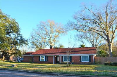 Grimes County Single Family Home For Sale: 914 Gibbs Street