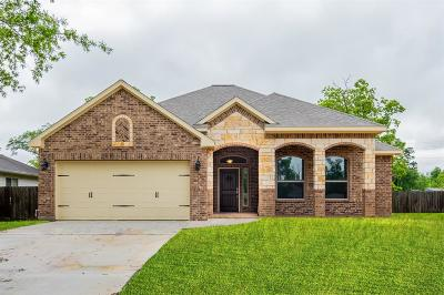 Crosby TX Single Family Home For Sale: $229,900