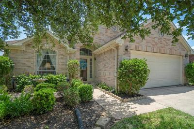 Cypress Single Family Home For Sale: 11103 Creekline Green Court