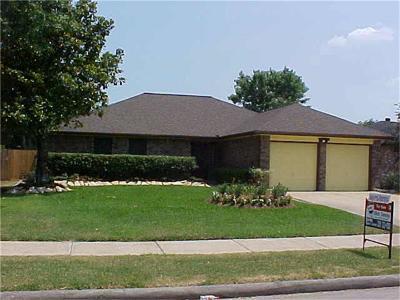 League City Single Family Home For Sale: 2923 Laurelridge Drive