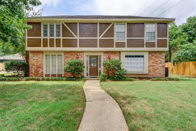 Houston Single Family Home For Sale: 8231 Middlebury Lane