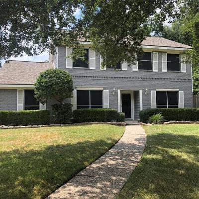 Spring Single Family Home Pending: 18015 Mantana Drive