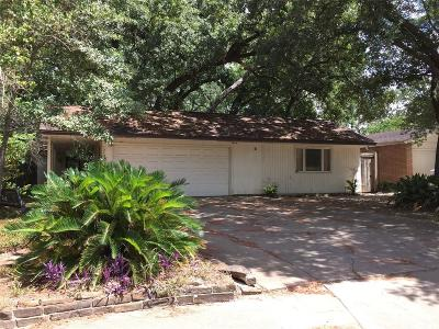Houston Single Family Home For Sale: 12914 Butterfly Lane