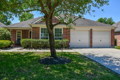 Humble Single Family Home For Sale: 18511 Blanca Springs Court