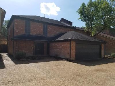 Harris County Condo/Townhouse For Sale: 15072 Kimberley Court