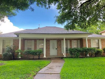 Houston Single Family Home For Sale: 10722 Villa Lea Lane
