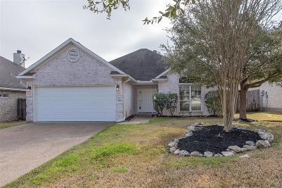 College Station Single Family Home For Sale: 2317 Kendal Green Circle