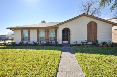 La Porte Single Family Home For Sale: 8522 Collingdale Road