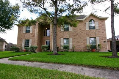 Pearland Single Family Home For Sale: 11404 Rashell Way