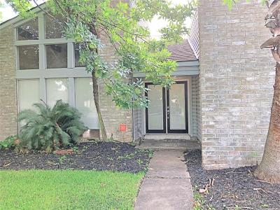 Missouri City Single Family Home For Sale: 2402 Creek Meadows Drive
