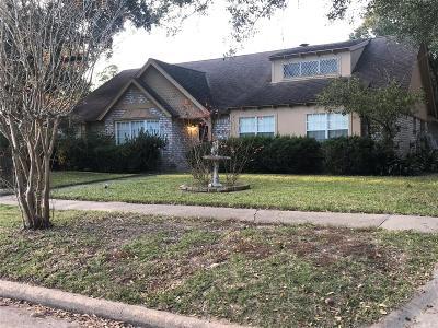 Single Family Home For Sale: 15830 Creekhaven Drive
