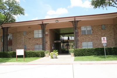 Houston Condo/Townhouse For Sale: 7600 Burgoyne Road #247