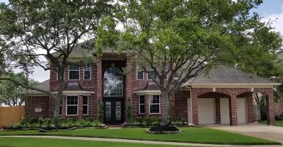 Pearland Single Family Home For Sale: 2818 Newbury Court