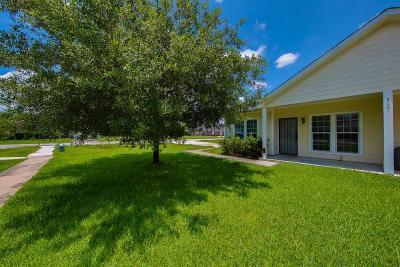 Houston Multi Family Home For Sale: 3001 Sparrow Street