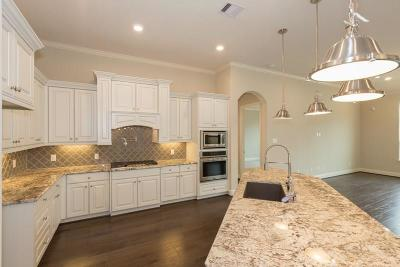 Montgomery County Single Family Home For Sale: 5042 Robin Park Court