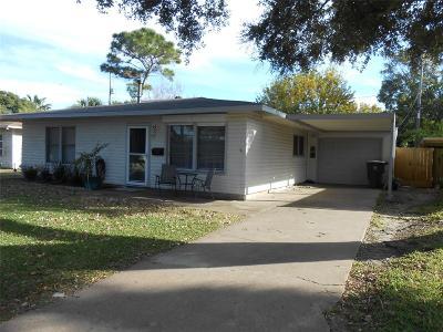 Single Family Home For Sale: 113 Marlin Avenue