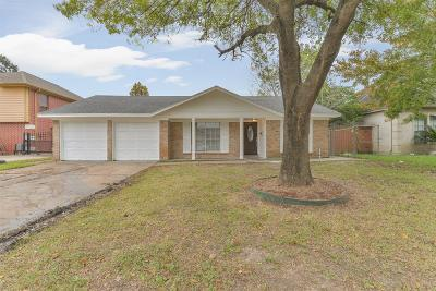 Houston Single Family Home For Sale: 11006 Wood Shadows Drive Drive
