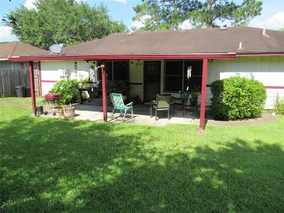 League City Single Family Home For Sale: 611 Dixie Drive