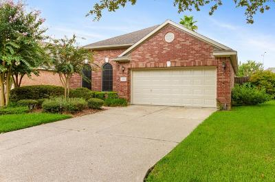 Pearland Single Family Home For Sale: 2204 W Marsala Drive