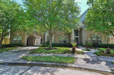 Humble Single Family Home For Sale: 8502 Graceful Bend Lane