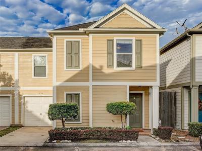 Houston Condo/Townhouse For Sale: 1723 Redwing Ridge Drive
