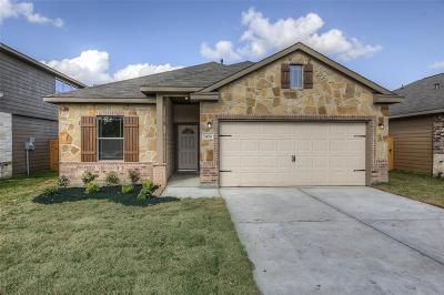 Hempstead Single Family Home For Sale: 25252 Killarney Street