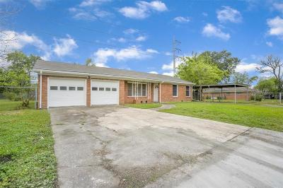 Single Family Home For Sale: 101 Harvey Boulevard