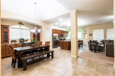 Richmond Single Family Home For Sale: 438 Cascade Oaks Lane