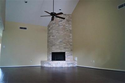 Houston Single Family Home For Sale: 12142 Meadow Lake Drive