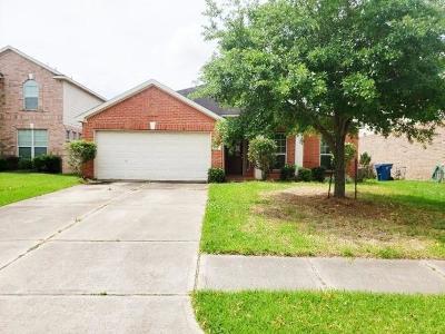Rosenberg Single Family Home For Sale: 7710 Summerdale Drive