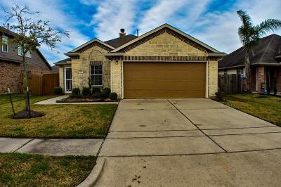 Alvin Single Family Home For Sale: 1098 Lasso Court