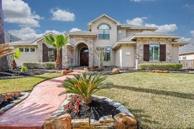 Spring Single Family Home For Sale: 20727 Bending Pines Lane