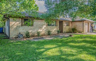 Alvin Single Family Home For Sale: 805 Midas Lane