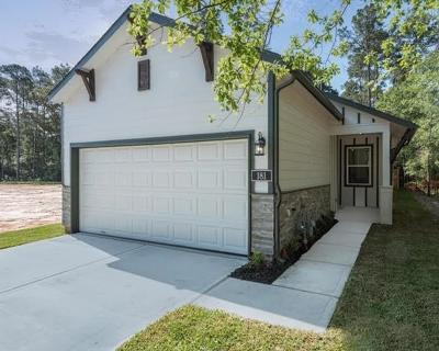 Conroe Single Family Home For Sale: 129 Camelot Place Court