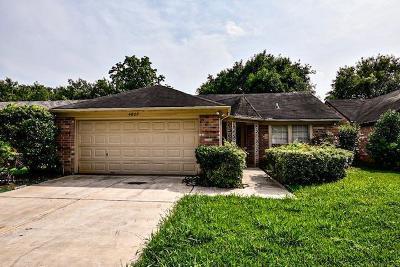 Sugar Land Single Family Home For Sale: 4807 Sunshine Drive