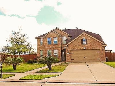 Pearland Single Family Home For Sale: 2103 Rome