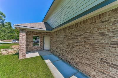 Single Family Home For Sale: 14990 Port Circle