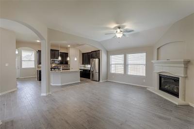 Willis Single Family Home For Sale: 124 Cobble Medley Court