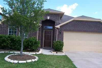 Rosenberg TX Single Family Home For Sale: $199,999