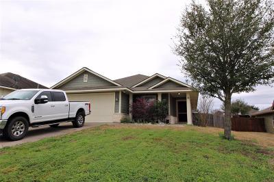 Brenham Single Family Home For Sale: 1707 Dixon Lane