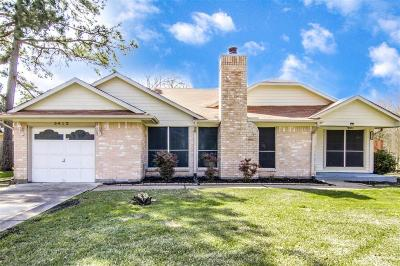 Dickinson Single Family Home For Sale: 5412 Winding Brook Drive