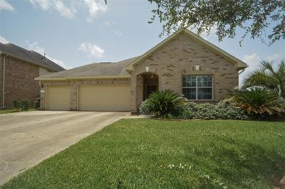 League City TX Single Family Home For Sale: $224,900
