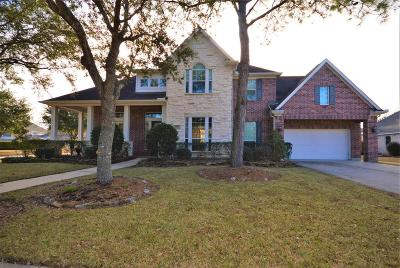 Friendswood Single Family Home For Sale: 2901 Burr Oak Drive