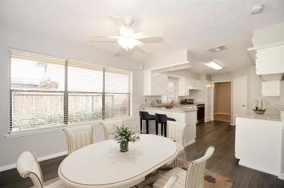 Houston Single Family Home For Sale: 14734 Delbarton Drive