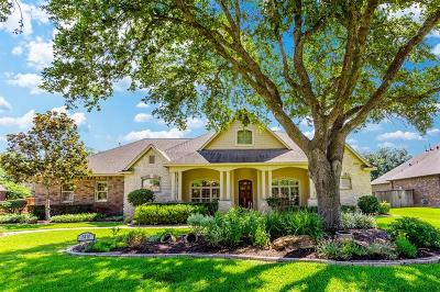Fulshear Single Family Home Option Pending: 5410 Westerdale Drive