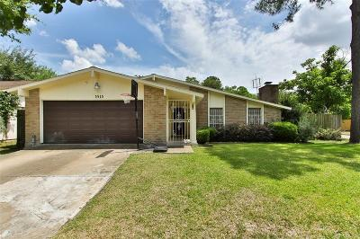 Houston Single Family Home For Sale: 5515 Hardwood Forest Drive