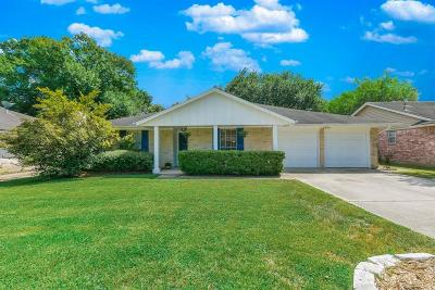 Spring Single Family Home For Sale: 3307 Vandyke Drive